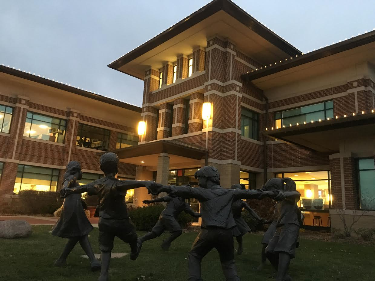 Circle of Peace – Glenview, IL — Sculptor Gary Lee Price